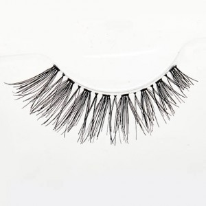 Kiss i-ENVY Lashes - Beyond Naturale 01